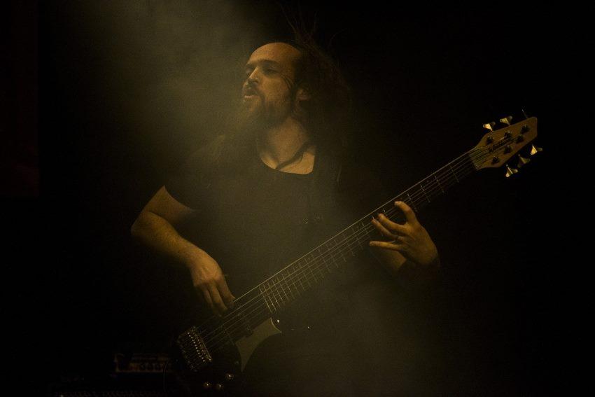 Joeri Herregat aka  Fingerfunk Jay (Bass)