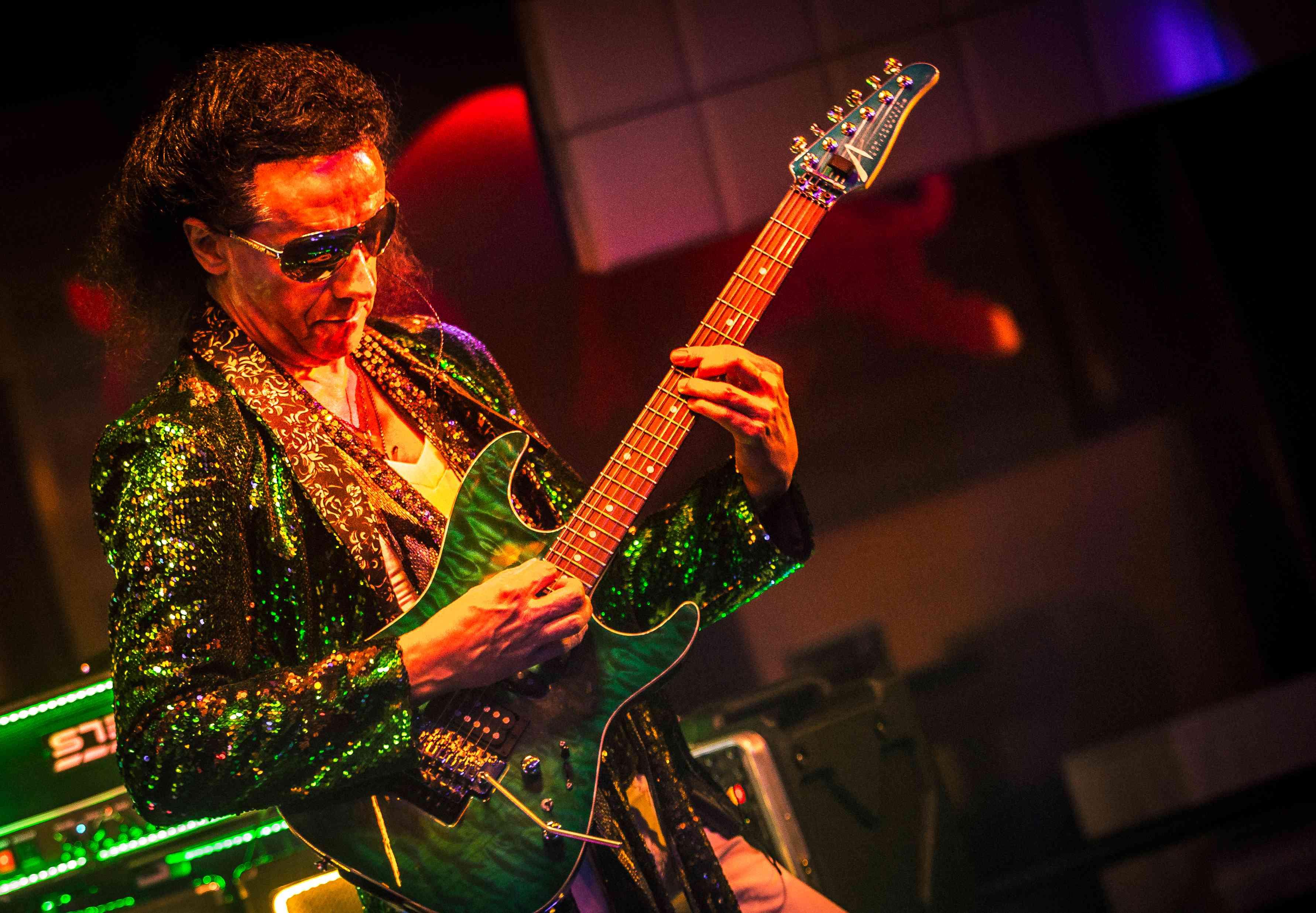 Marc Tuerlinckx aka Sparkle Marc (Guitars)