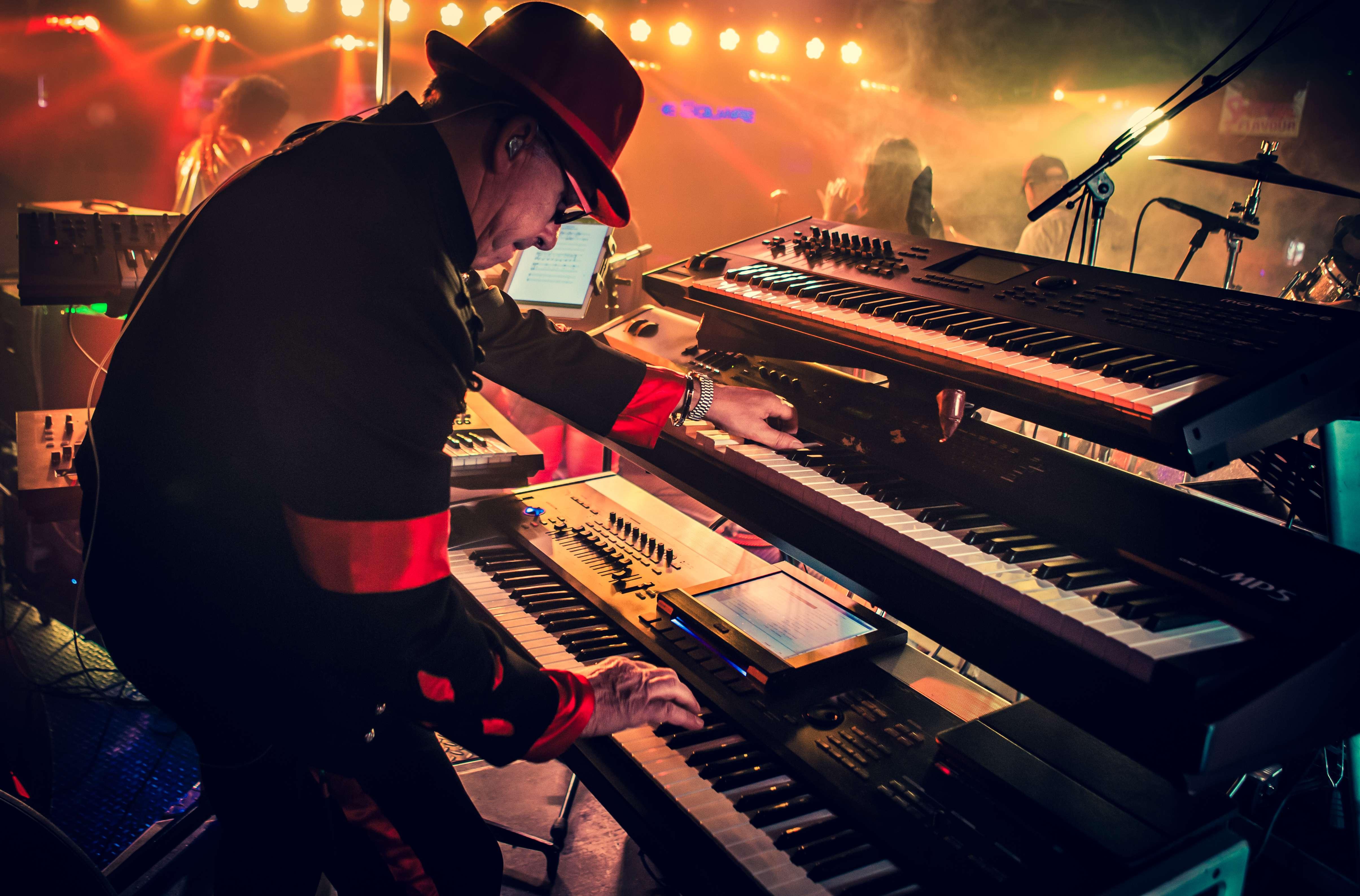 Patrick Celis aka Patchee (Keyboards)